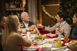 новогодний стол, семья,праздник, изобилие