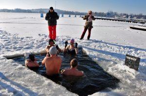 Мазуры,моржи,зима, прорубь,Польша