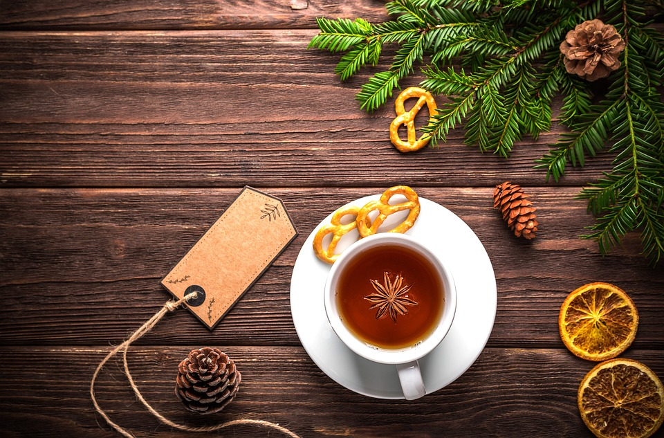 елка, чай, специи