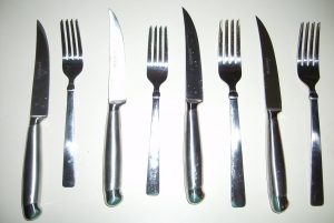 Ножи и вилки