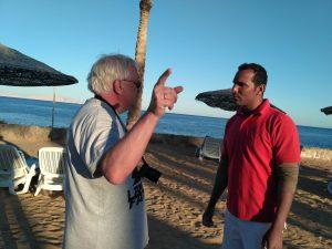 египтянин,турист,диалог,пляж, Египет