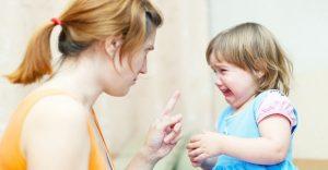 ребенок плачет, няня, наказание