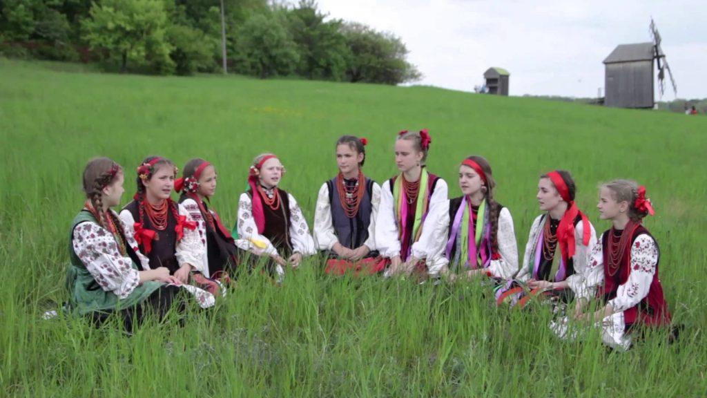 украинки поют веснянки
