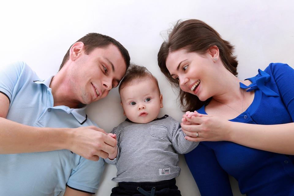 мама,папа и малыш