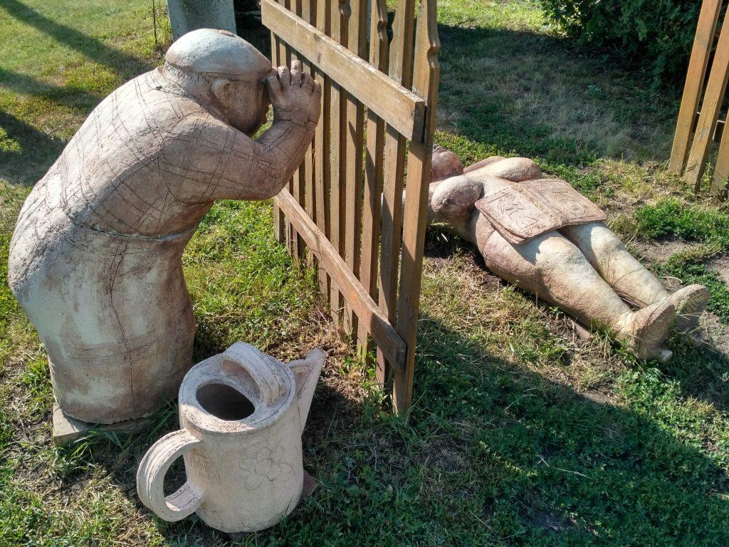 экспонаты в музее гончарства в Опошне