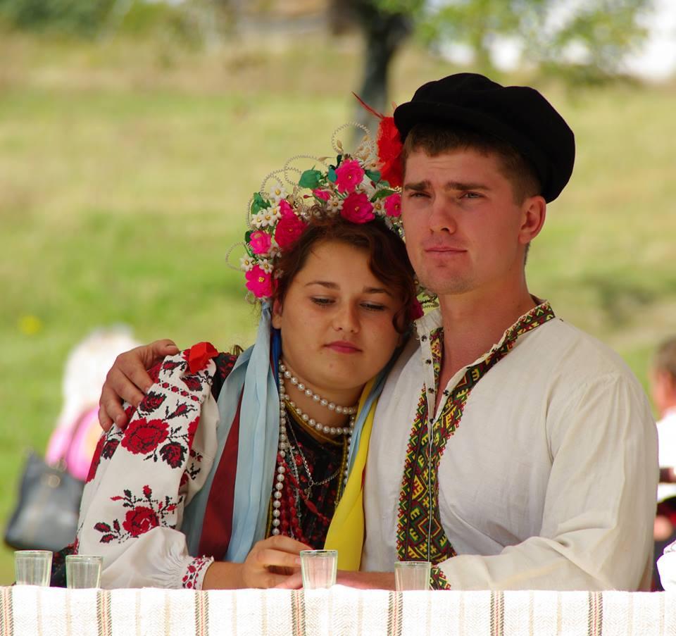жених и невеста в Украине