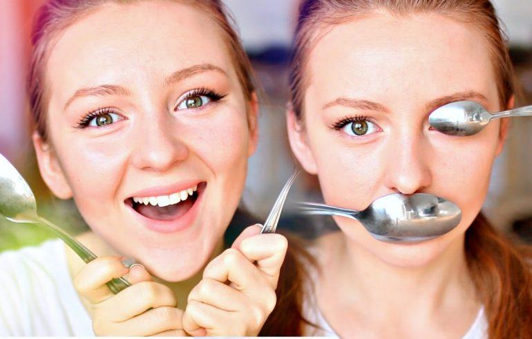 ложки на лице девушек