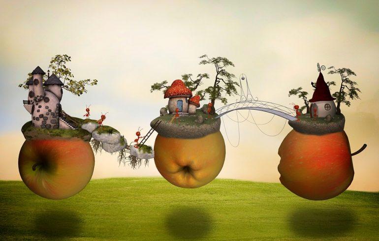 муравьи строят дома в яблоках