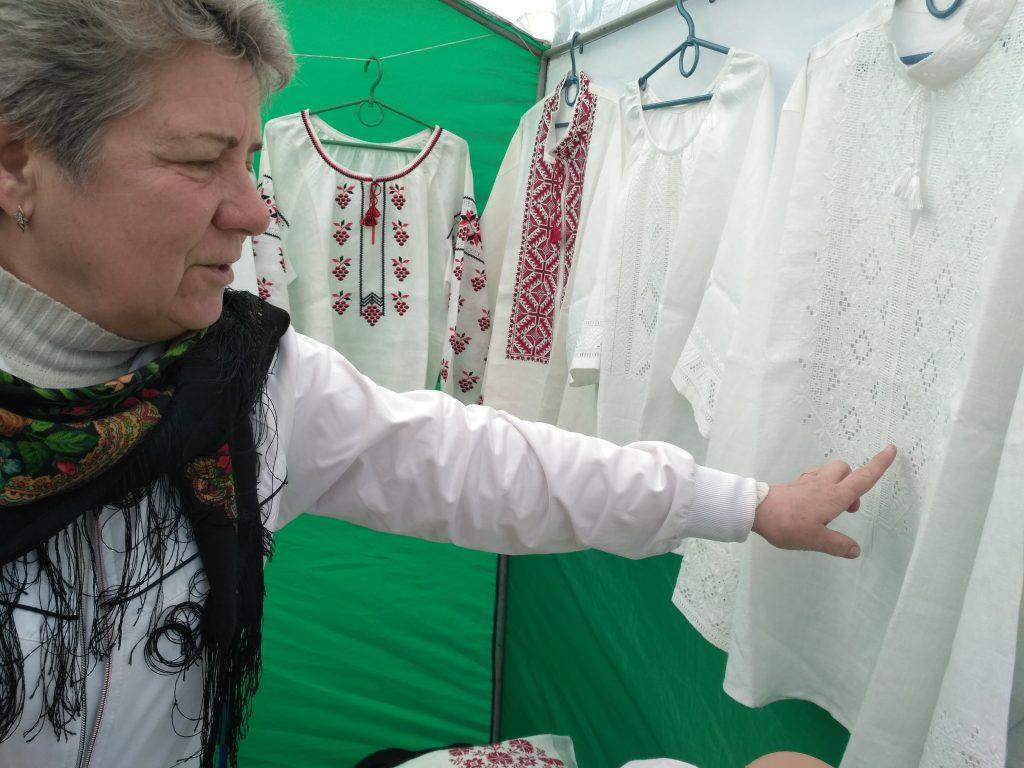 заслуженный мастер народного творчества Украины Анна Ушеренко