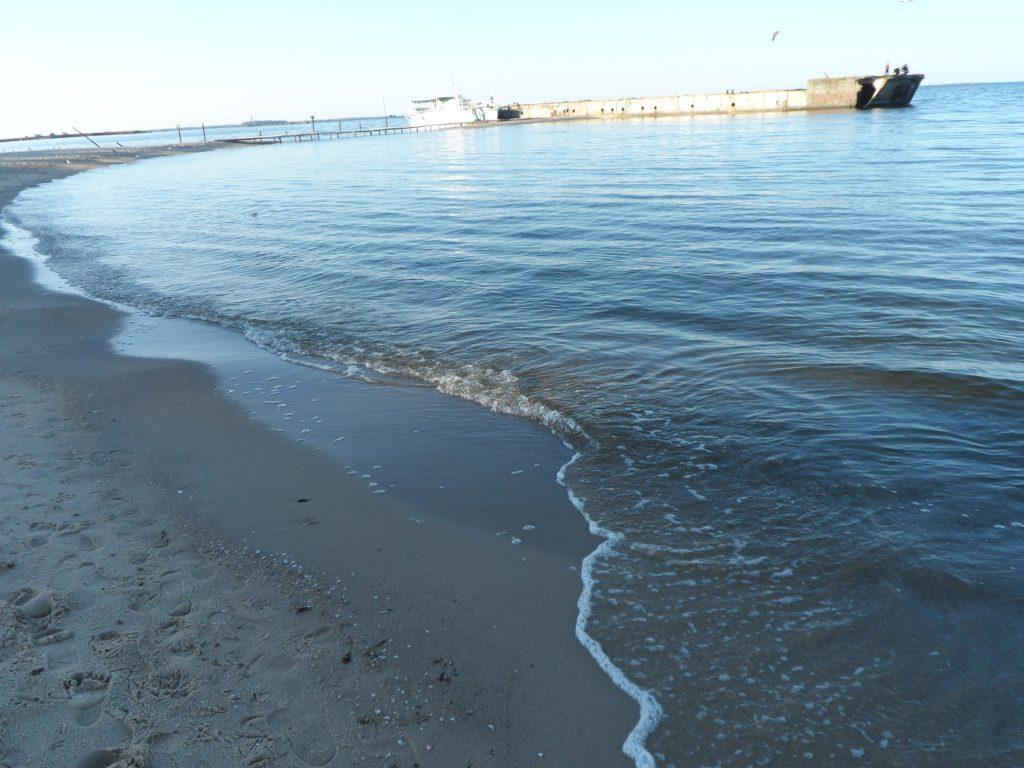 пляж и море в Очакове