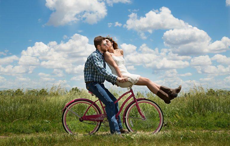 целоваться нужно чаще не только влюбленным