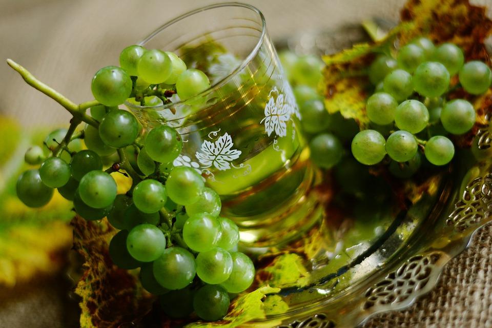 как лечиться при помощи винограда