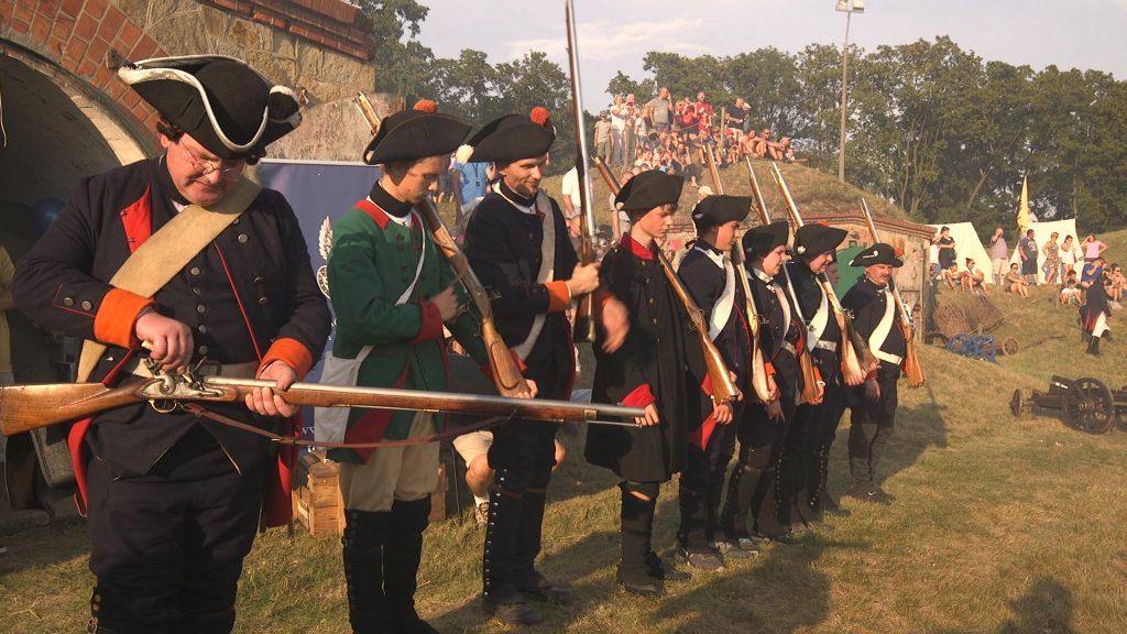 реконструкция битвы с Наполеоном в городе Ныса