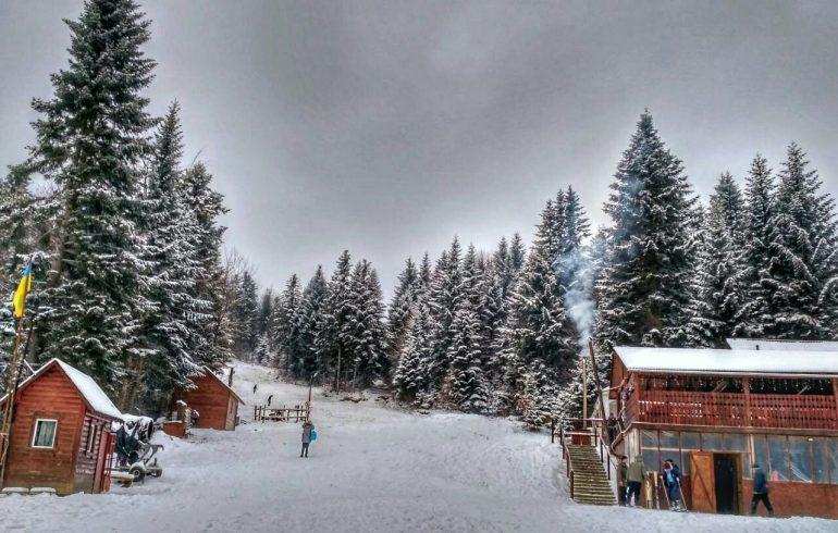 Катание на лыжах для гостей отеля «Трускавец 365»