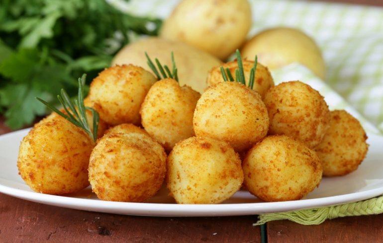 Картофельные шарики для внучат