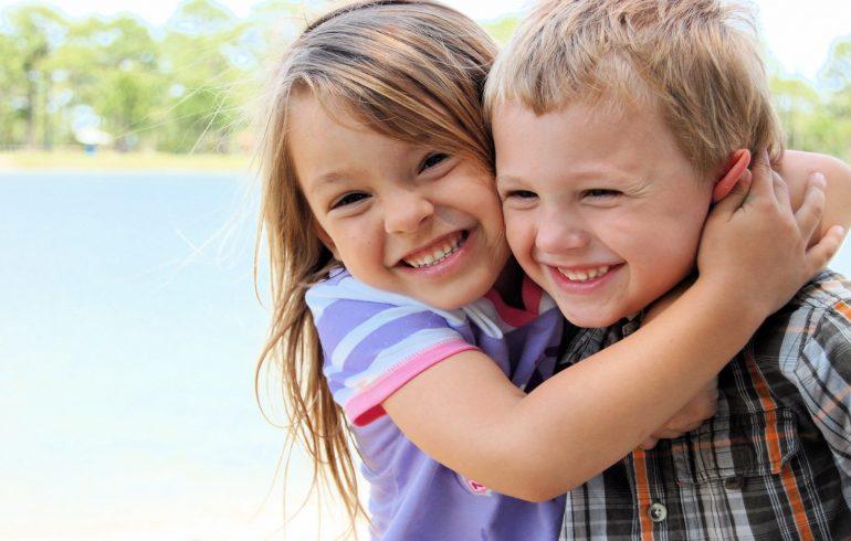 дети, международный день объятий