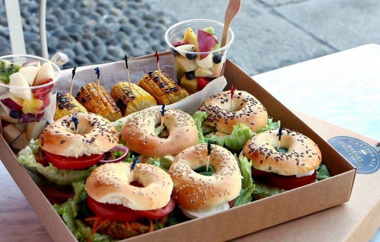 Уличная еда, где купить, Академгородок