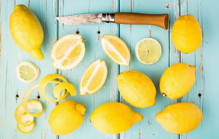 лимоны и ножик