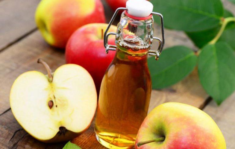 Яблочный уксус поможет похудеть и сбить температуру