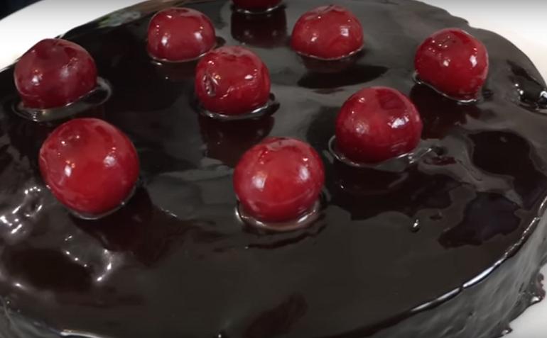 Шоколадный пирог с семечками без выпекания