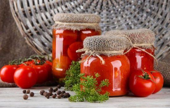 Как приготовить на зиму маринованные помидоры с чесноком