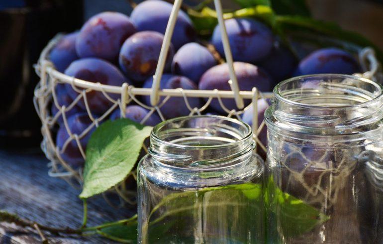 Маринованные сливы: пошаговый рецепт