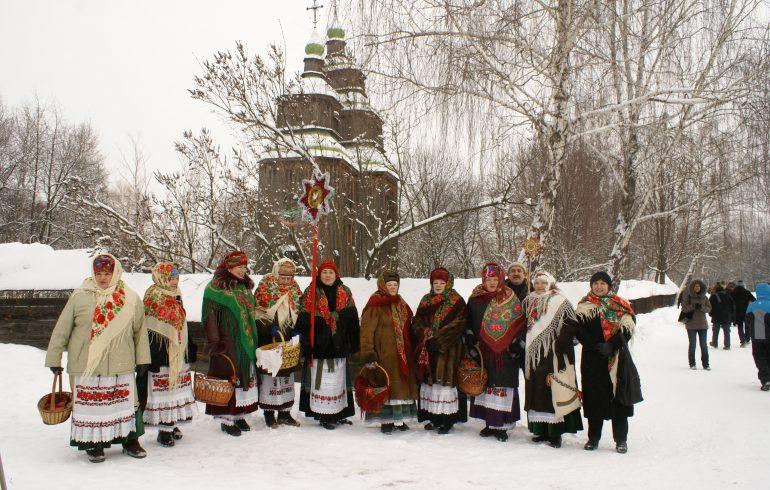 Зустрічаємо зиму в Пирогово