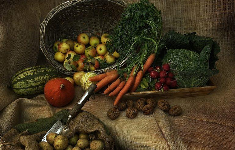 Как сохранить фрукты и овощи до весны