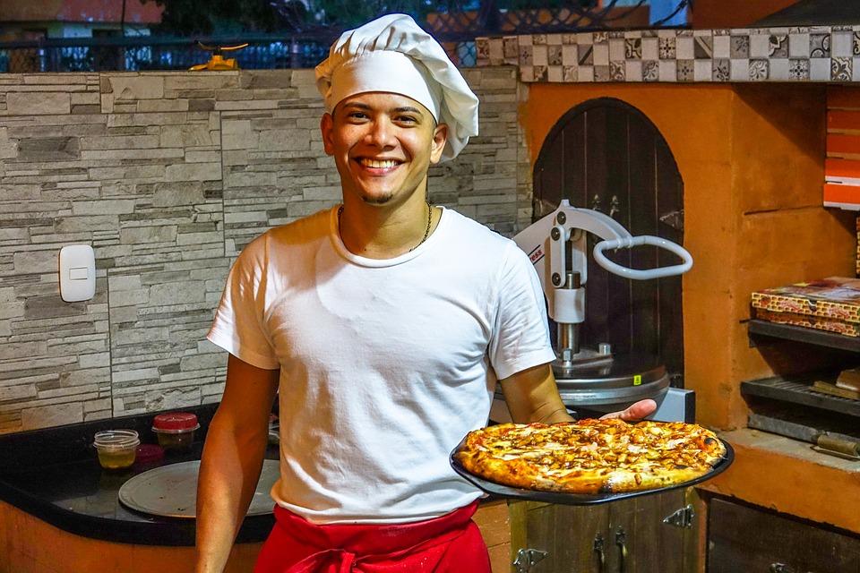 Где поесть пиццу в Неаполе