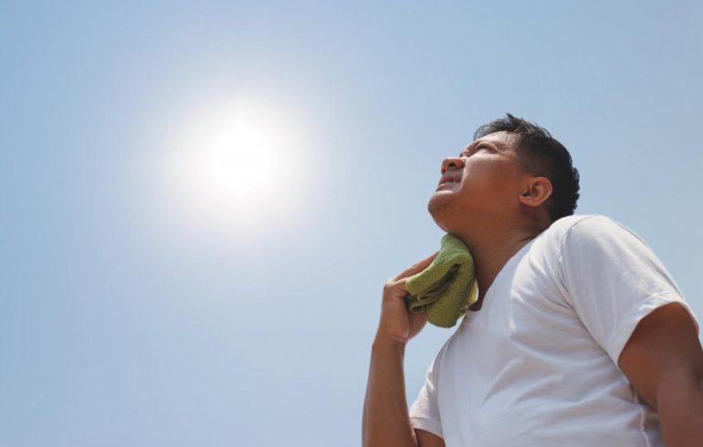 солнечный удар, здоровье, помощь