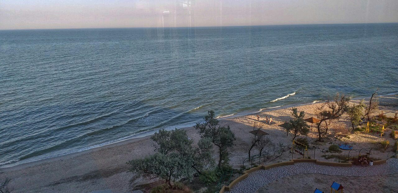 Песчаный пляж на Бердянской косе вид сверху