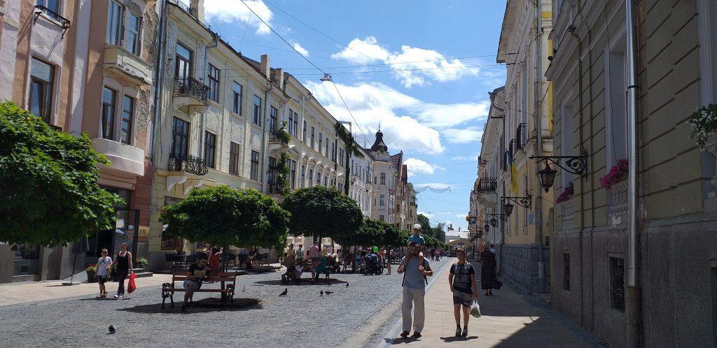 Главная улица Черновцов названа в честь украинской писательницы Ольги Кобылянской
