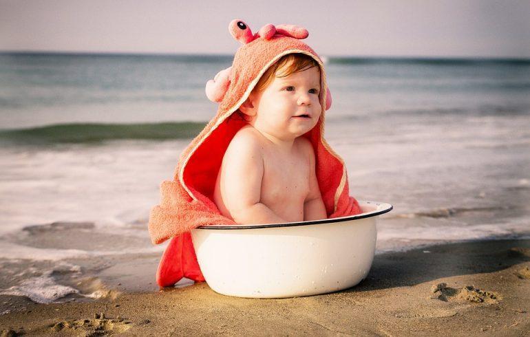 На отдых с малышом: какое море выбрать