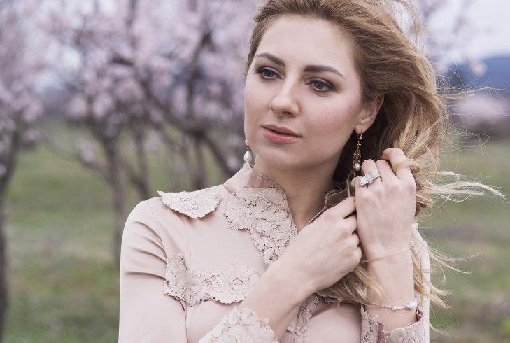телеведущая Ева Бажен