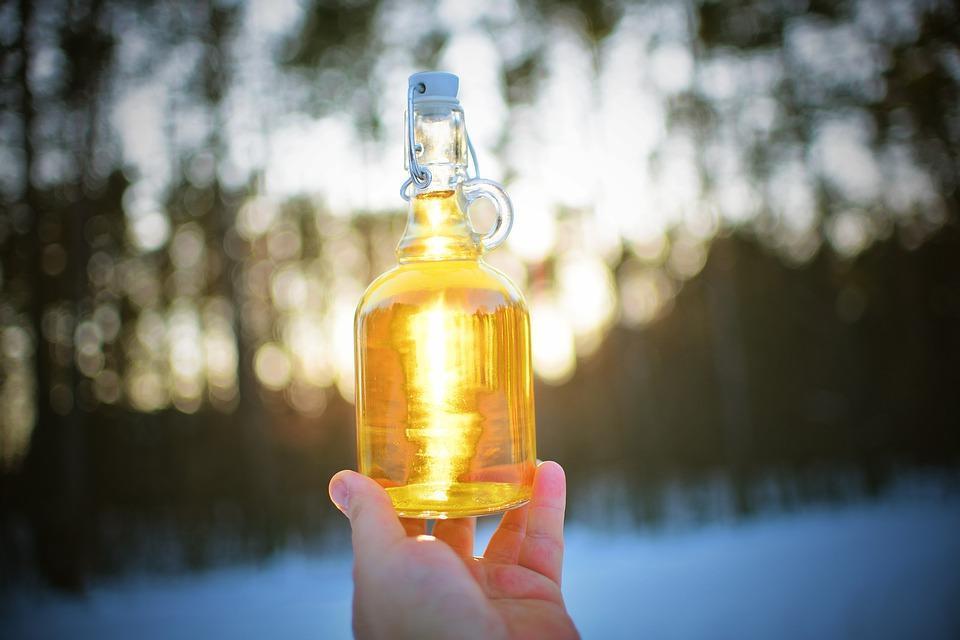 украинский напиток медовуха в бутылке