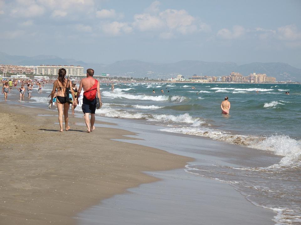 Валенсия отличается широкими пляжами