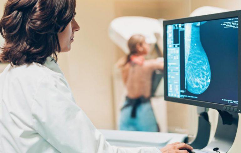 Зачем делать маммографию