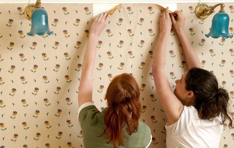 Как обновить обои в квартире