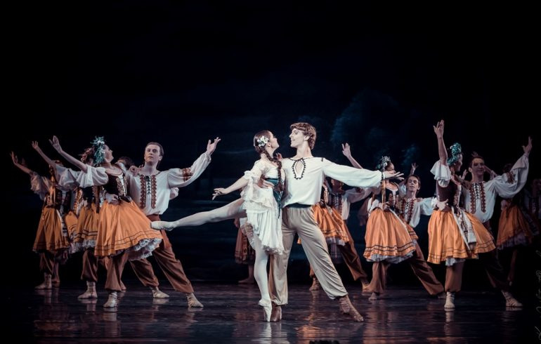 Март в Национальной опере Украины