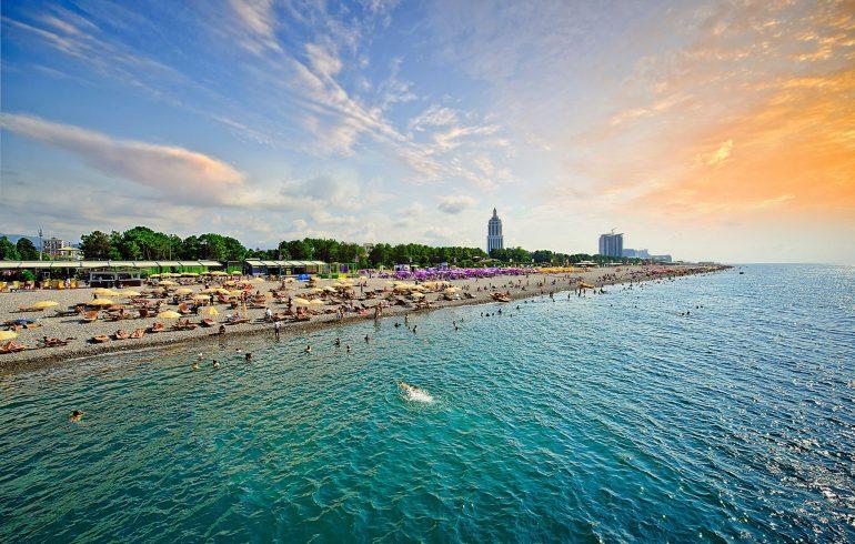 Море зовет: Батуми к приему туристов готов