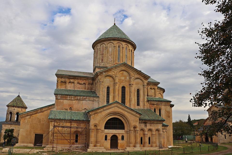 храм Георгия Победоносца в Гелати