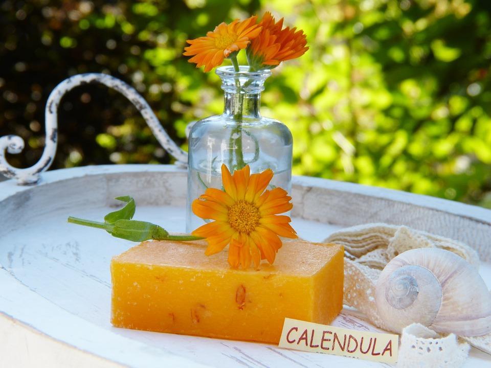 домашнее мыло на основе календулы