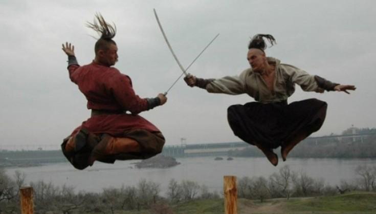 козаки исполняют боевой гопак