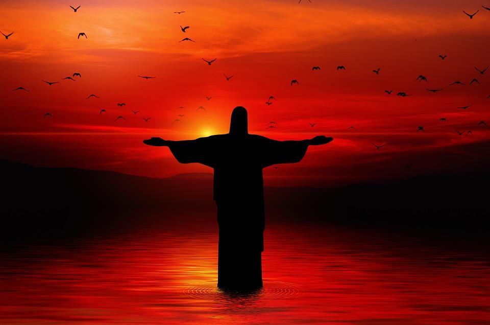 Иисус Христос воскрес