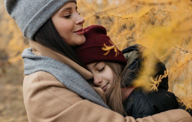 отношения мамы к дочке в любовью